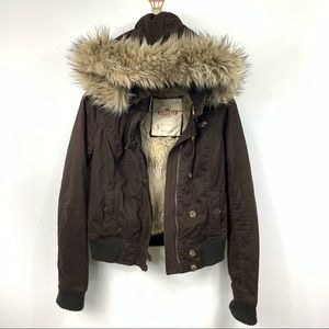 HOLLISTER faux fur lining hooded utility Jacket